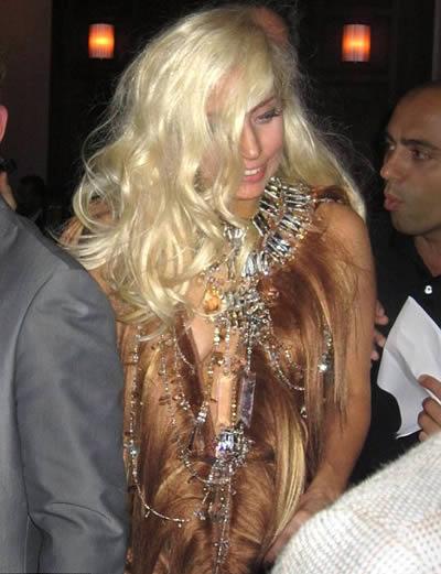 Lada Gaga vestido de cabello 4