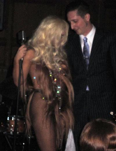 Lada Gaga vestido de cabello 6