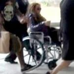Mariah Carey en silla de ruedas port