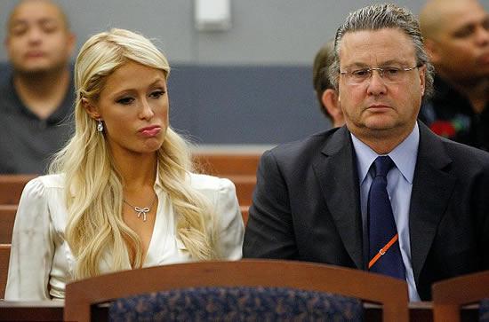 Paris Hilton se declaro culpable de posesion 4