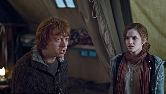 (Ron y Hermione) Harry Potter And The Deadly Hallows